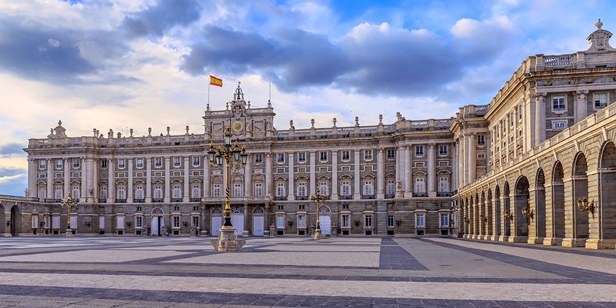 palace in spain madrid